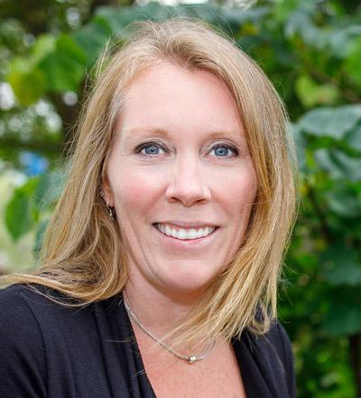 Pauline Peters
